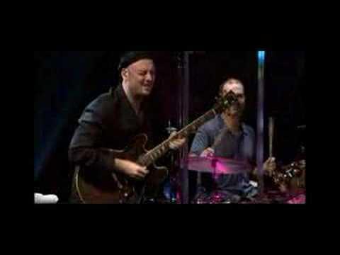Boz Scaggs Lowdown live 2004