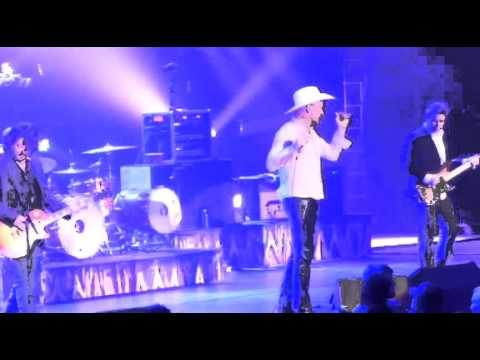 The Tragically Hip - Transformation - Live at the Halifax ScotiaBank Centre  (4/11/2015)