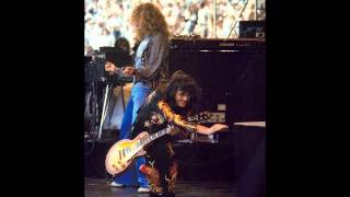 11. Bron-Y-Aur Stomp - Led Zeppelin [1977-07-23 - Live at Oakland]
