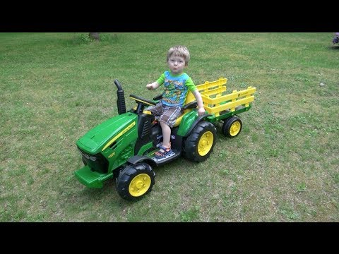 John Deere Ground Force Tractor Italian Made Baby