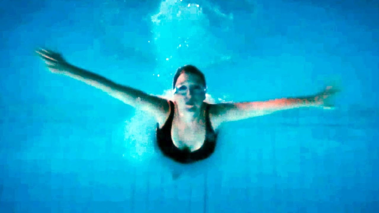 Stella Gibson In The Swimming Pool Scully 39 S Theme Youtube