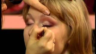 Я прекрасна: макияж для свидетельницы на свадьбе(, 2012-01-30T13:59:09.000Z)