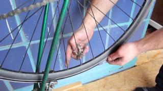 Как выровнять восьмерку в домашних условиях(Prime Bike. Как выровнять восьмерку на колесе собственными силами., 2015-02-23T15:36:46.000Z)