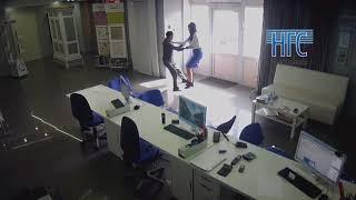 Нападение на сотрудницу офиса в Красноярска