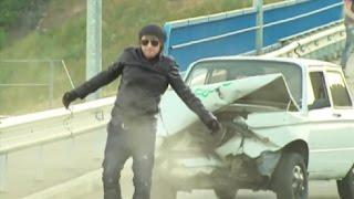 Братья Сафроновы - Машина врезается в человека