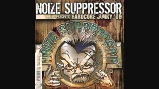 Noise Suppressor vs Mad Dog - Bassdrum Bitch