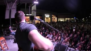 Dustin Lynch - Where It's At - Live on the Lot