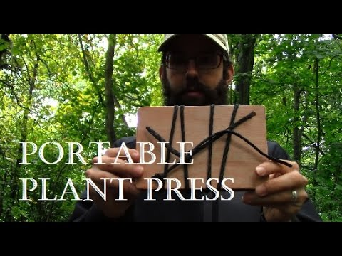 Portable plant press for hiking, backpacking and bushcraft