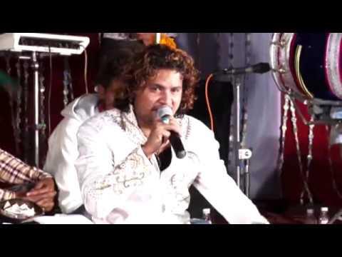 Vicky Badshah # kale kapde Paye Hoye Ne # Vicky Badshah #Live Jagran 2017