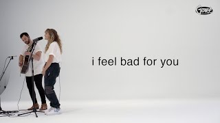 Смотреть клип Hollyn - I Feel Bad For You | Acoustic