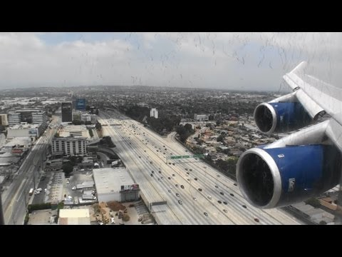Jumbo Jet!!!  Beautiful HD 747-400 landing in Los Angeles California!!!
