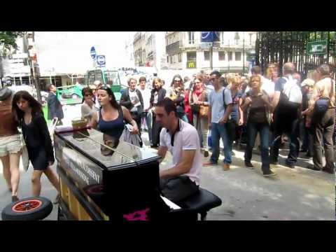 Pianista na Boulevard Saint Michel - Paris