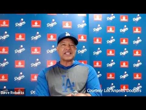 Dodgers' Joe Kelly on injured list with shoulder inflammation