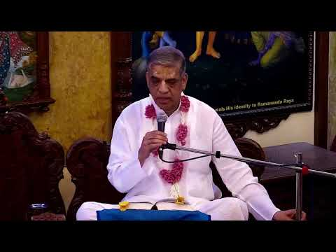 Rohini nandan Prabhu Lecture on Capturing Krishna at ISKCON Chowpatty on 17th February 2018