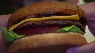 """美国万花筒:纽约市议员呼吁增加无家可归学生拨款;""""有血有肉""""的素汉堡;变废为宝的纽约""""艺术材料项目"""""""