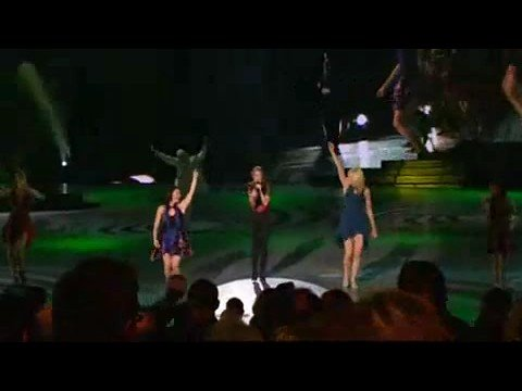 Céline Dion - Love Can Move Mountains (Live in Las Vegas)