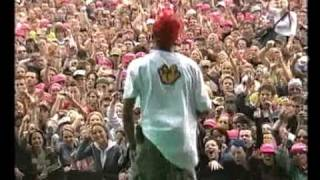 N*E*R*D - She wants to move - Live at Pinkpop 2004