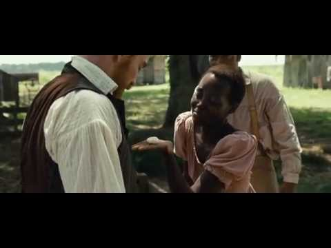 Lupita Nyong'o scene from 12 Years A Slave who dedicated her Best Supporting Actress on Oscar (2013)