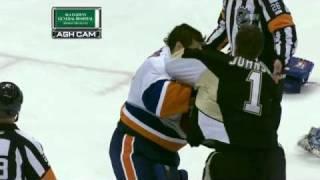 Brent Johnson Vs Rick Dipietro Goalie Fight! (penguins Vs Islanders 02/02/11)