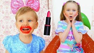 Лиза и игры с косметикой для детей