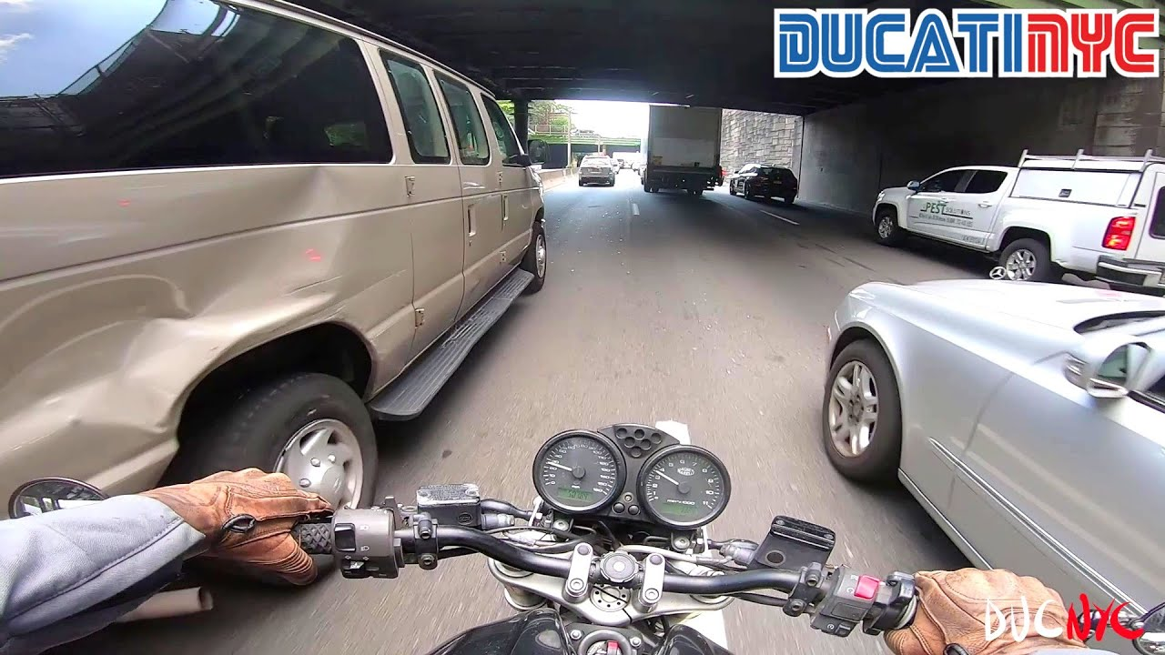 the ever gentle Dumby Dumbo aka Ducati Motorbicycle Ride to scenic Brooklyn v1294