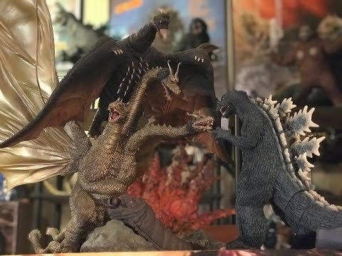 "X-Plus Setups: ""Ghidorah the Three Headed Monster""!!!"