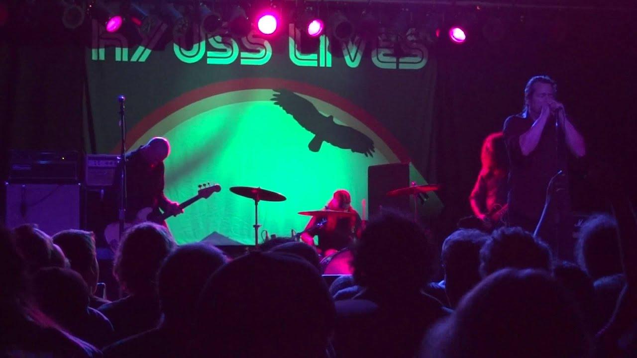 Download Kyuss Lives - Demon Cleaner