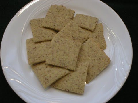almond-rice-crackers