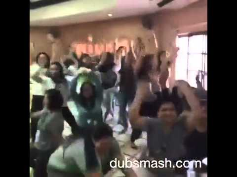 Gadhulach Pani Kashala Dhavalil Funny Dance
