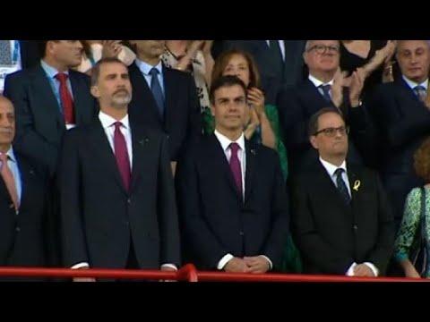 Espagne: 1ère apparition commune pour le roi, Sanchez et Torra