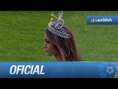 Saque de honor de Paula Miranda, la Reina del Carnaval de Las Palmas