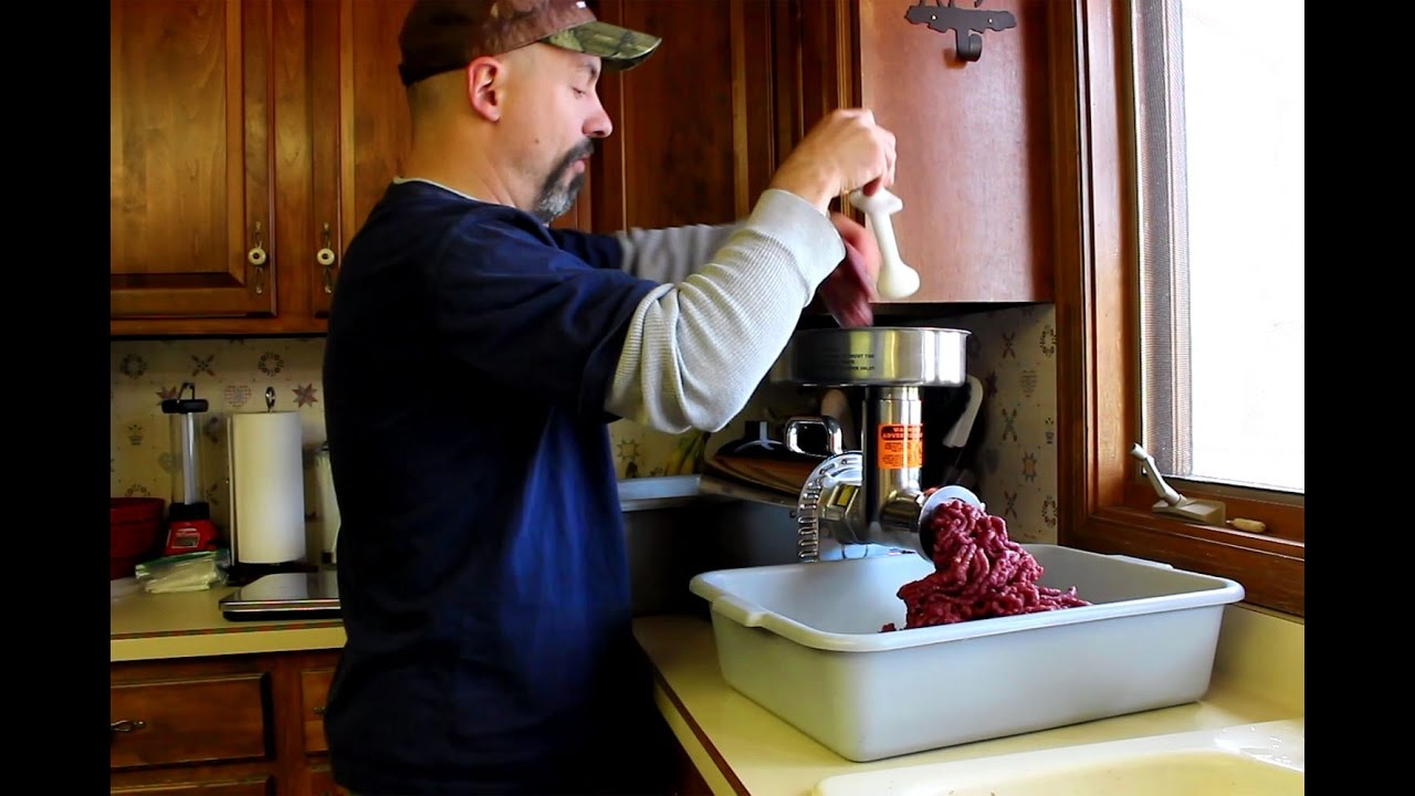 grinding venison with the weston pro series 12 electric meat grinder youtube