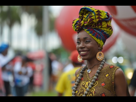 White Brazilians Don't Want to Accept their Racism over African Head Wraps...