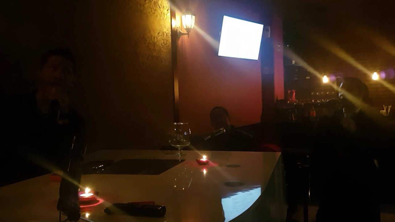 Acapella Piano Bar