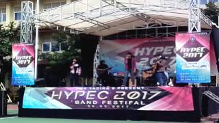 ADMITS band performance HYPEC 2017 at SMK YADIKA 8 (3rd winner)
