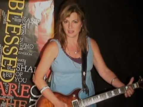 Lifting Me Up by Linda Maze - Female Recording Artist