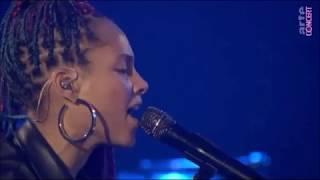 Alicia Keys - Pawn It All Live
