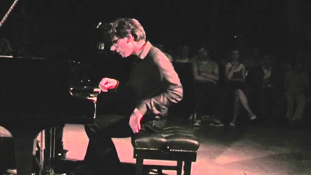 Gershwin Rhapsody in Blue Pavel Timofejevsky - YouTube