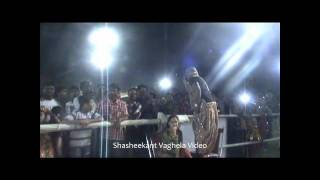 BHAI BHAI performance by Arvind Vegda (Motera Stadium,Navaratri 2011)
