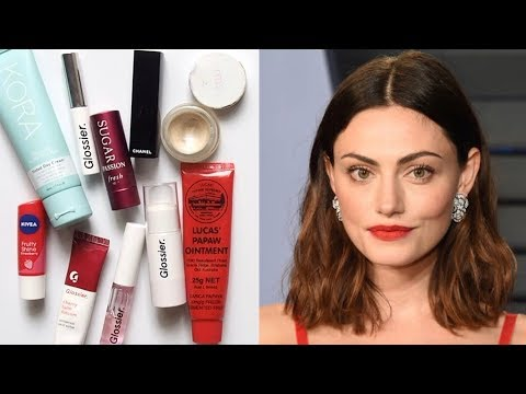 Phoebe Tonkin Makeup Bag  Fresh Face and Red Lips