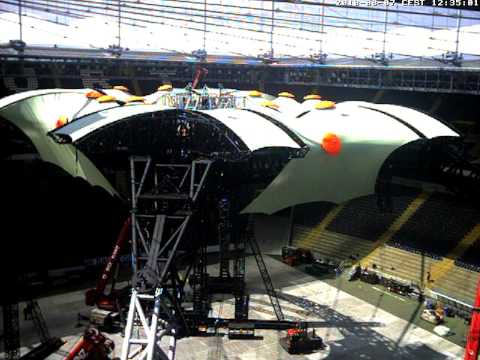 U2 Frankfurt stage build progress webcam 2