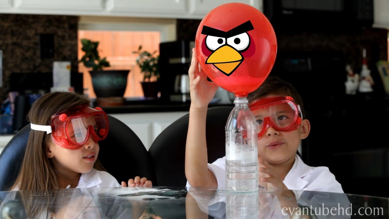 Baking Soda & Vinegar Science Experiment Part 2: ANGRY BIRDS BALLOON!