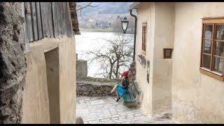 Bupshi - outdoor at river Danube