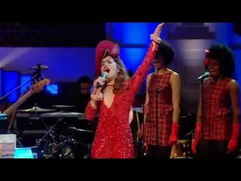 Paloma Faith - 'New York' Live On Weekend Wogan