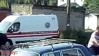 У Коростені поїзд збив двох пенсіонерів: потерпілих з травмами забрали до лікарні