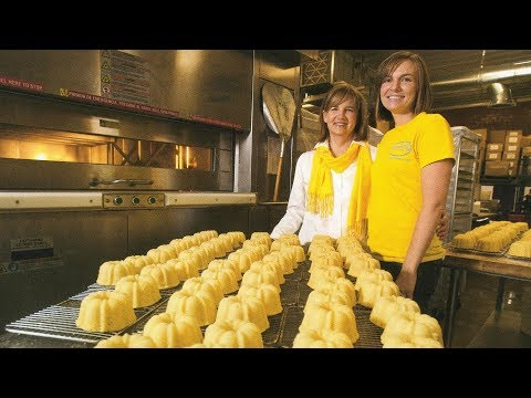 The Family Business That Bakes 26,000 Poundcakes A Year