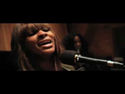"""Jessica Reedy - """"Something Out Of Nothing"""" UNPLUGGED (VIDEO)"""