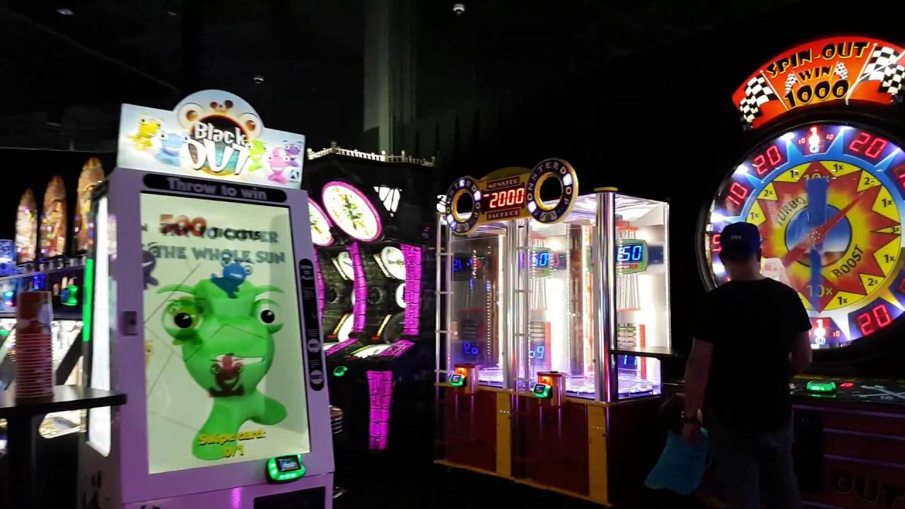 dave buster 39 s arcade tour walkthrough oakville. Black Bedroom Furniture Sets. Home Design Ideas