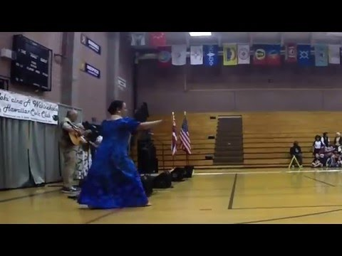 Hula at Chief Leschi Schools in Puyallup
