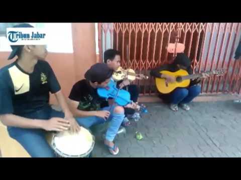 Gitar Gitar Solo Main Lobi Dewa Gitar Main Di Lobi Amazing Kereen Skil main gitar tingkat Dewa Guita.